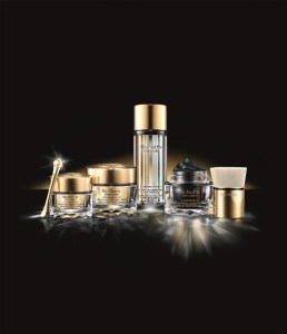 1 Estee-Lauder__Ultimate_Diamond_Mask_Noir_Collection_Collateral_Shot