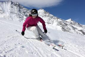 Απολαμβάνοντας το ski διατηρείτε τη σιλουέτα σας
