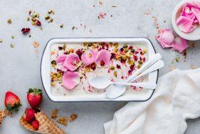 Παγωμένο γιαούρτι Vs Παγωτό: Ποιό και γιατί το προτιμάς;