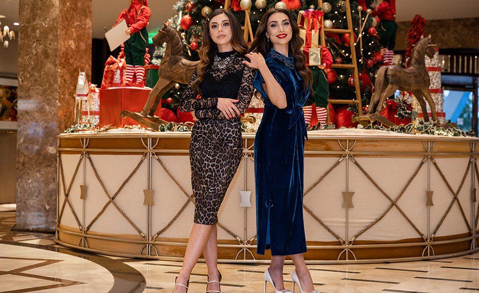 Δυο κούκλες της TV ανεβάζουν το Xmas mood